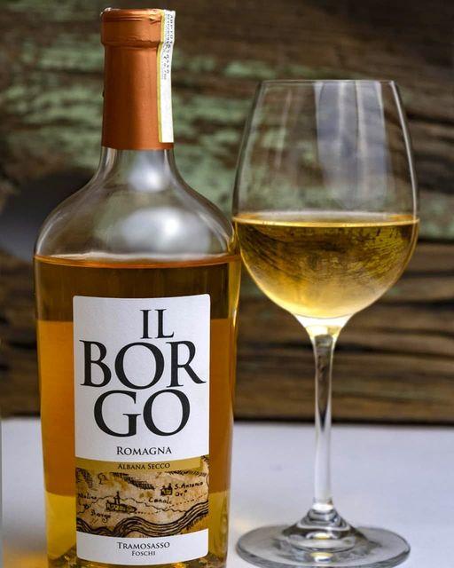 nuovo vino di cantina tramosasso: albana secco romagna il borgo, vino bianco